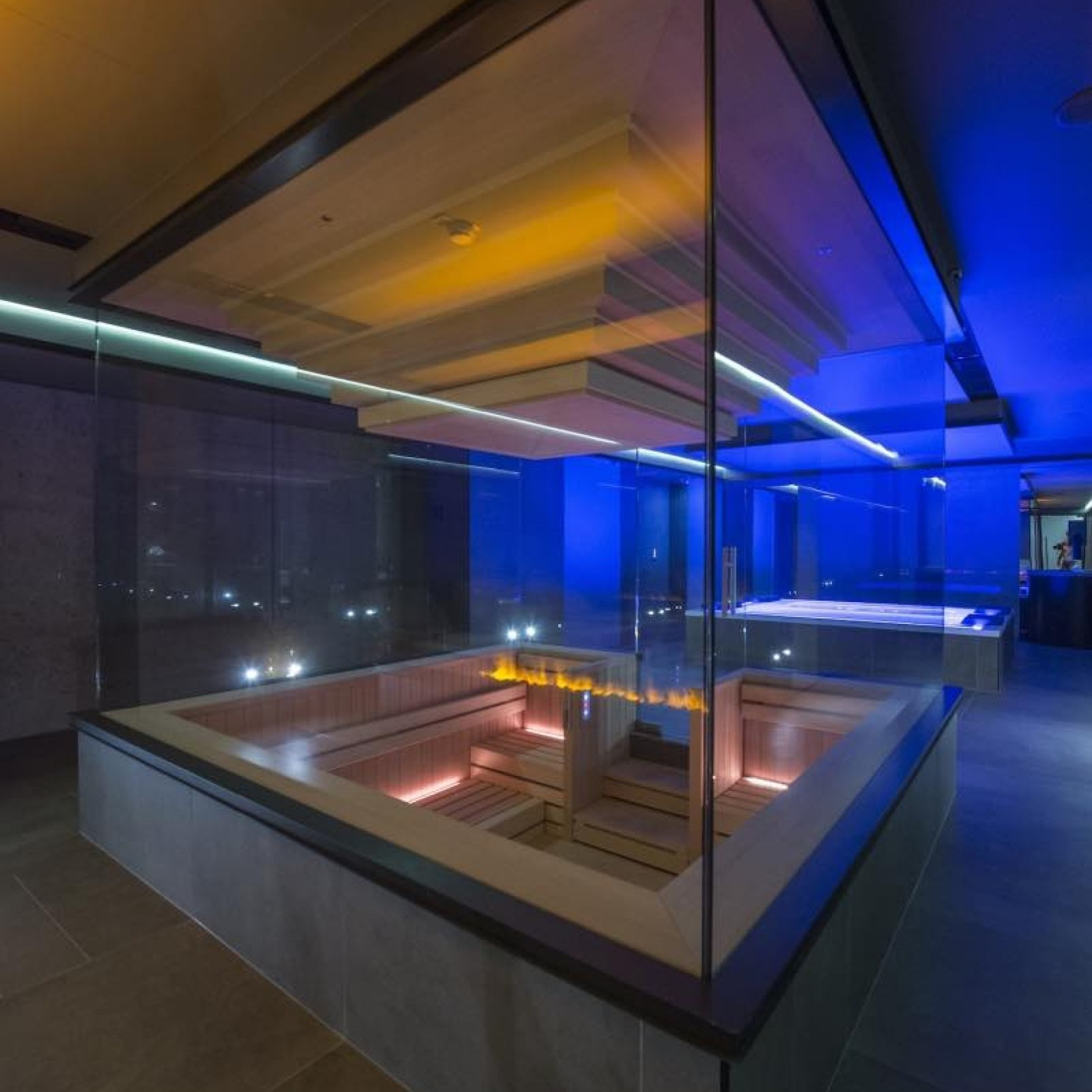 Sauna Glass Wall And Led Light
