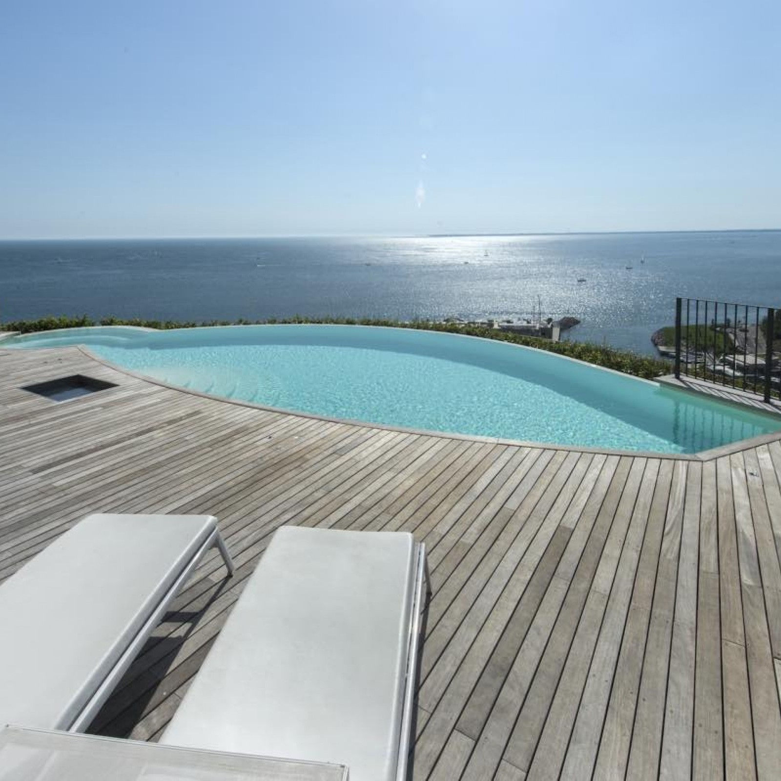 Steela Modular Pools by Cemi