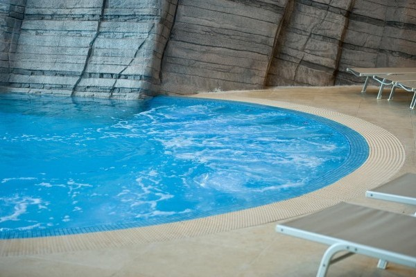 Classic And Rehabilitation Hydrotherapy