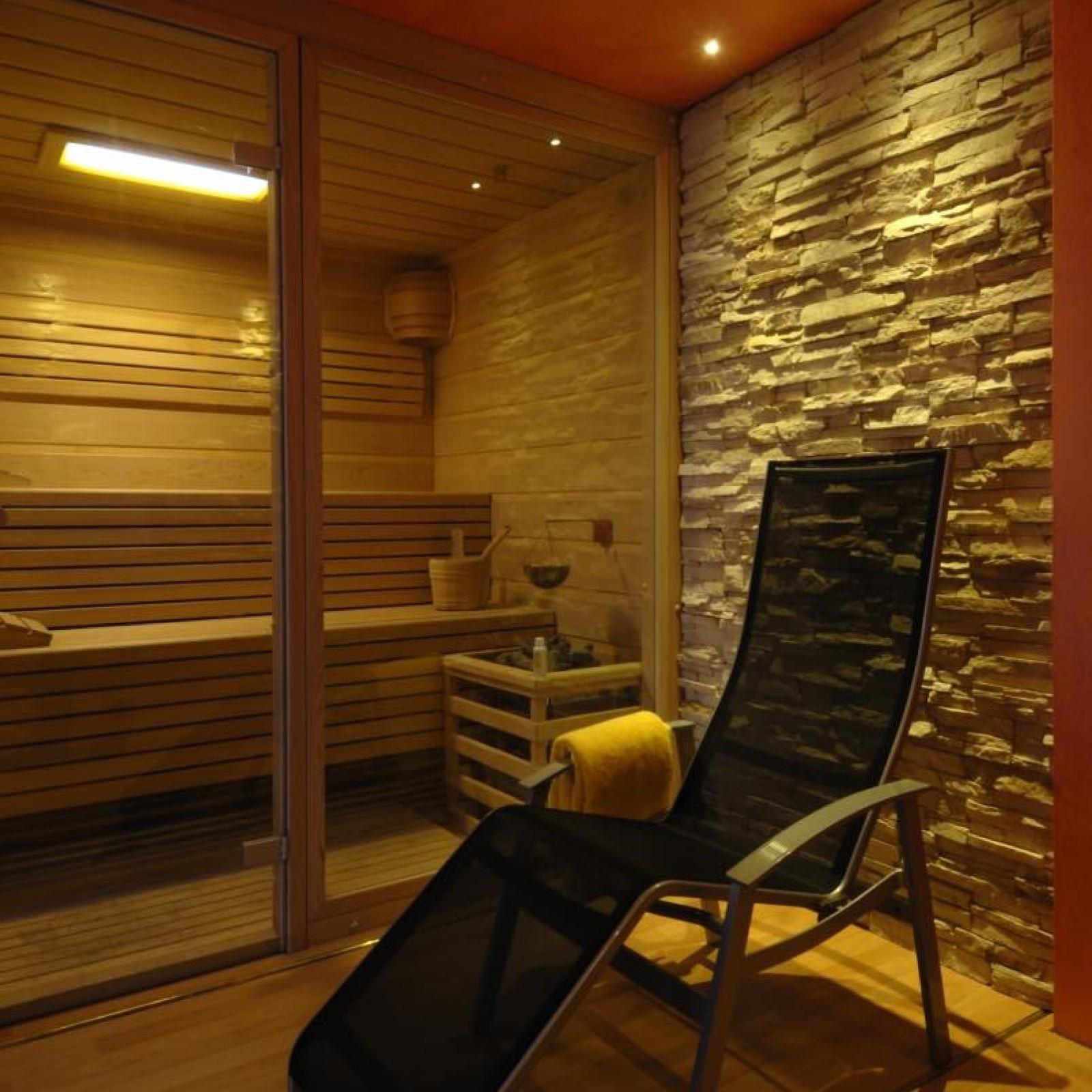 Cemi Relax Room