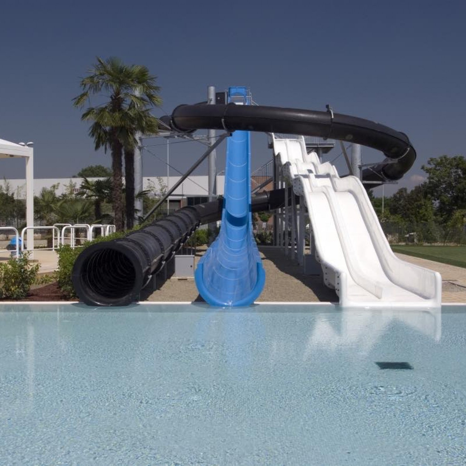 Selling Waterslides For Parks