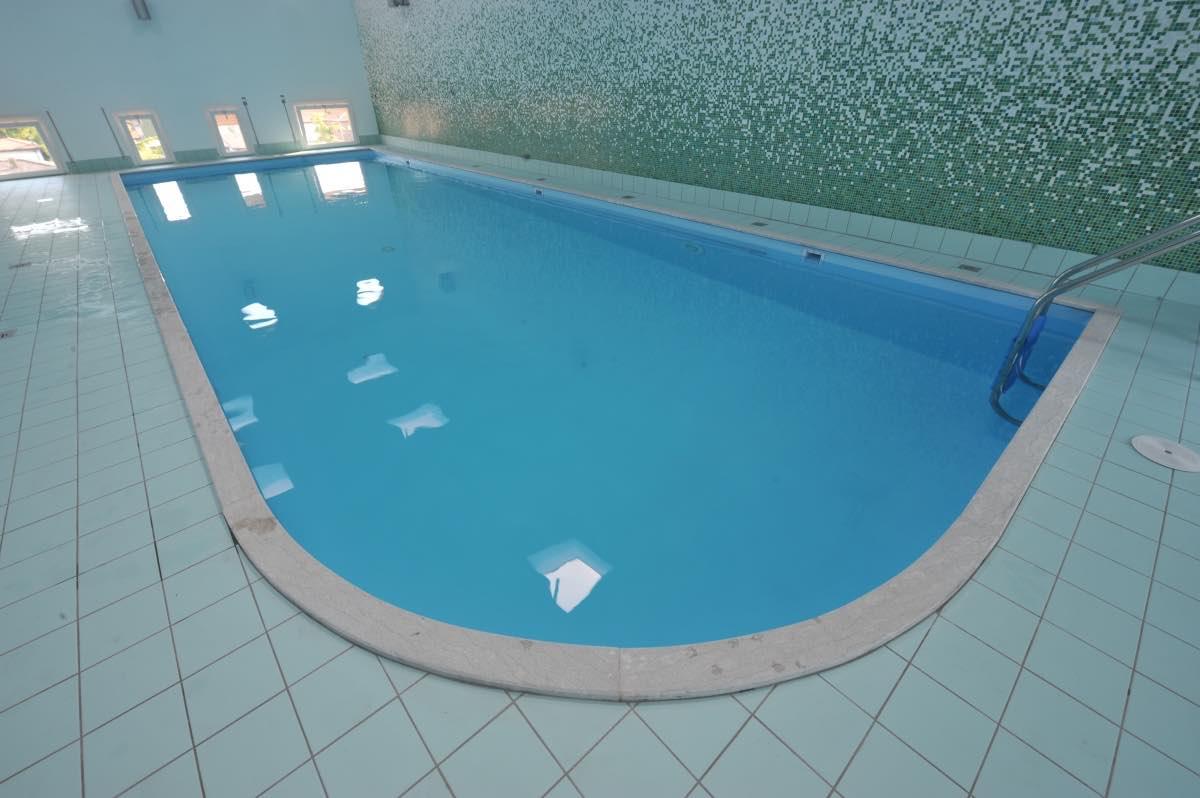 Piscina-Idroterapia