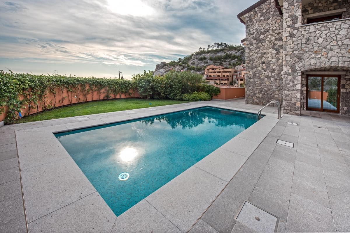 piscina_interrata_classica