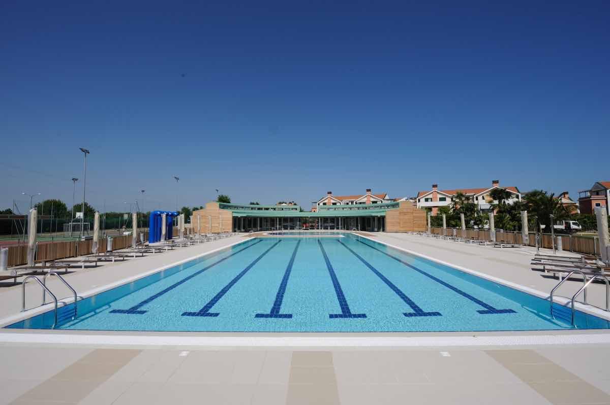 piscine_sportive