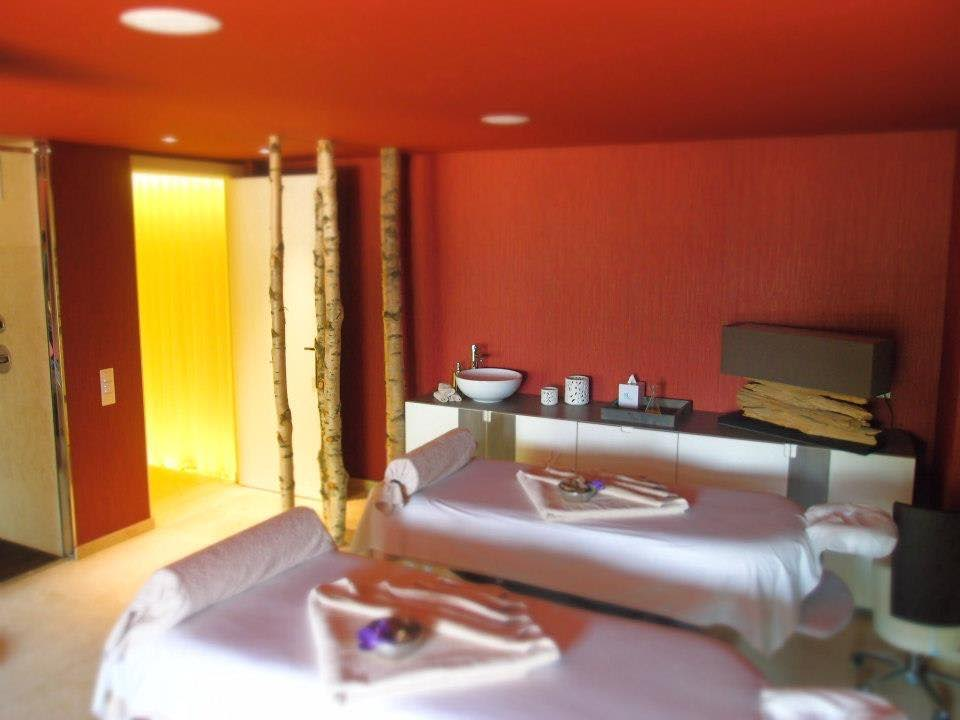 vip-massage-room
